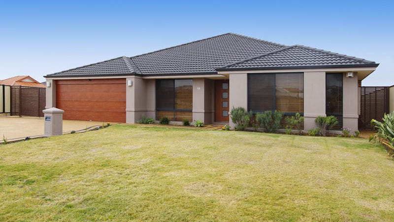 18 Airlie Chase, Clarkson, WA 6030