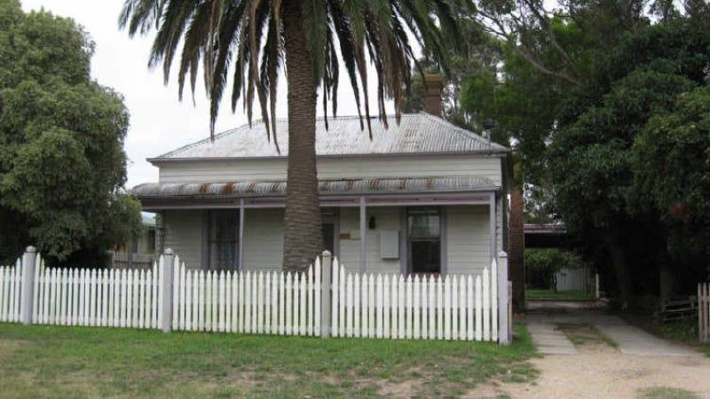 10 Magnolia Drive, Bairnsdale, Vic 3875