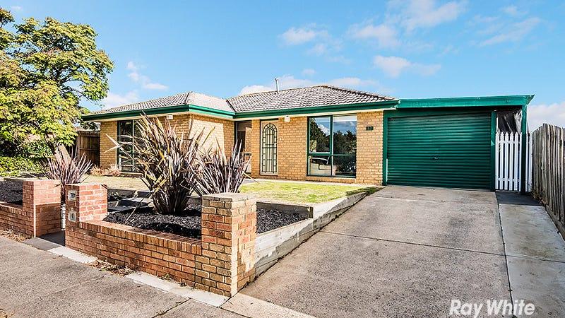 12 Godwin Cres, Cranbourne North, Vic 3977