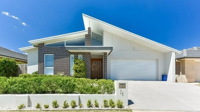 28 Lillydale Avenue, Gledswood Hills, NSW 2557