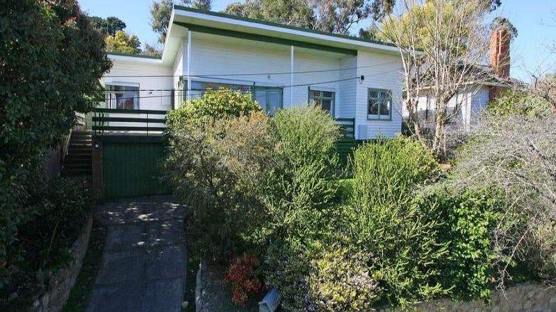 16 Velma Grove, Ringwood East, Vic 3135