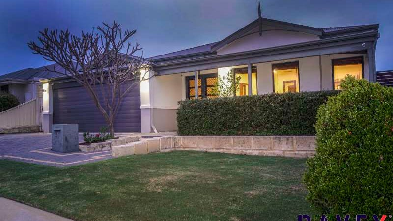 41 St Fillans Bend, Wanneroo, WA 6065