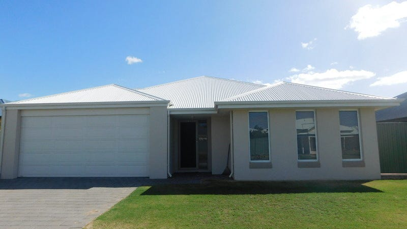 11 Woodstock Turn, Ravenswood, WA 6208