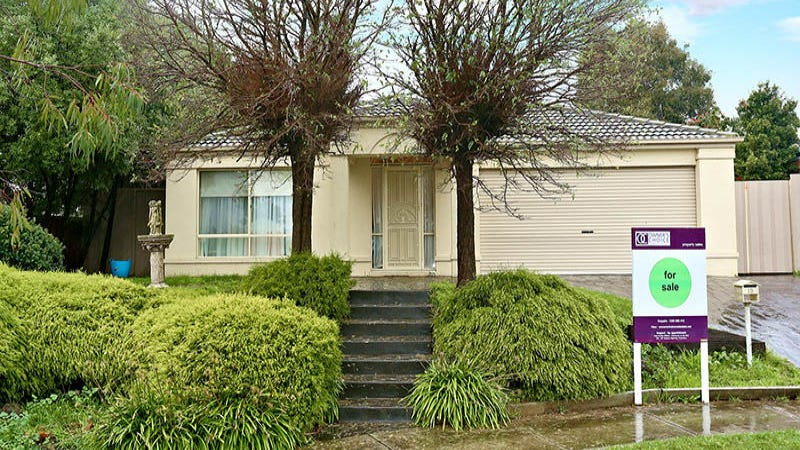 10 Henshaw Street, Langwarrin, Vic 3910