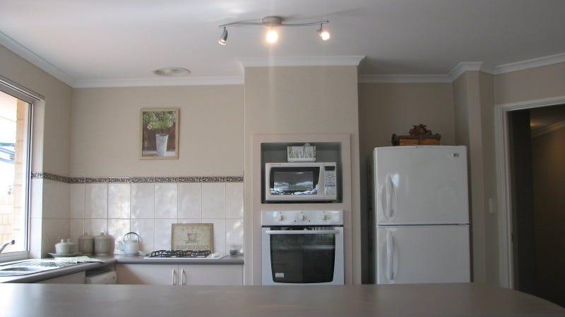 30 Belgravia Terrace, Rockingham, WA 6168