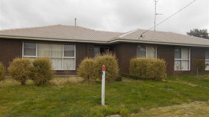 26 Semmens Avenue, Creswick, Vic 3363