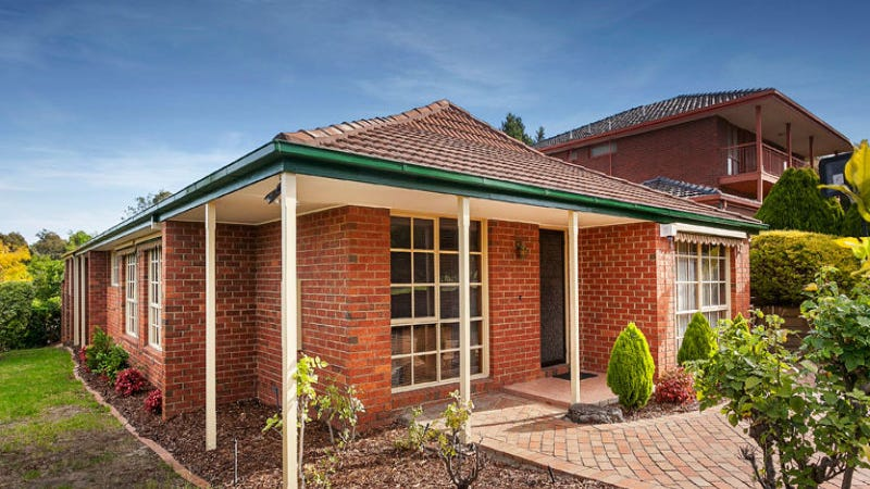 1 Maverick Close, Doncaster, Vic 3108