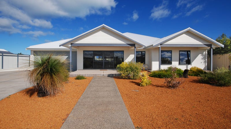 4 Skua Way, Jurien Bay, WA 6516