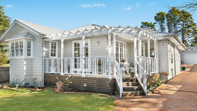 7 Murphys Lane, Wentworth Falls, NSW 2782