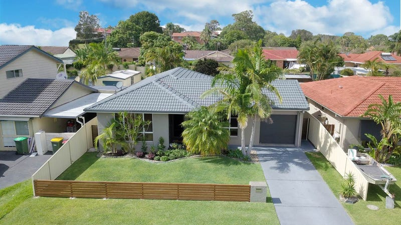 16 Blundell Avenue, Forster, NSW 2428