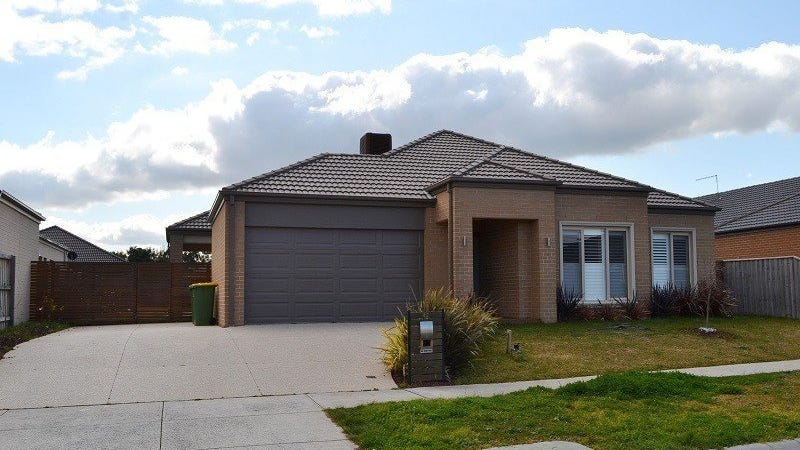42 Winneke Way, Pakenham, Vic 3810
