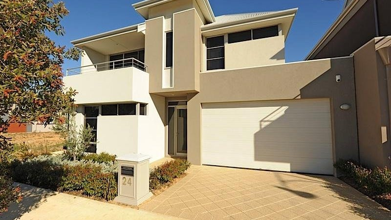 24 Breaksea Drive, North Coogee, WA 6163