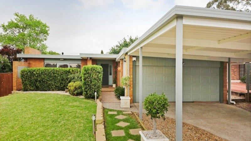 15 Hopson Avenue, Camden South, NSW 2570