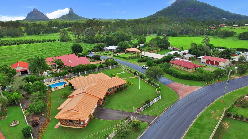 2 crestwood road glass house mountains qld 4518