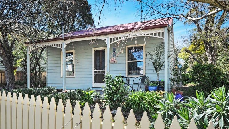 9 Princes Street N, Ballarat East, Vic 3350