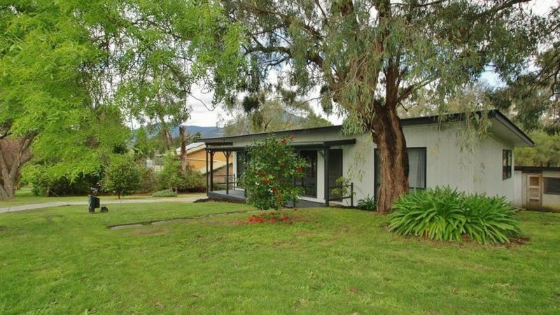 43 Badger Creek Road, Healesville, Vic 3777