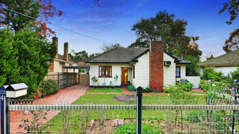 4 Miller Grove, Ringwood East, Vic 3135