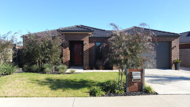 11 Windsor Court, Eastwood, Vic 3875