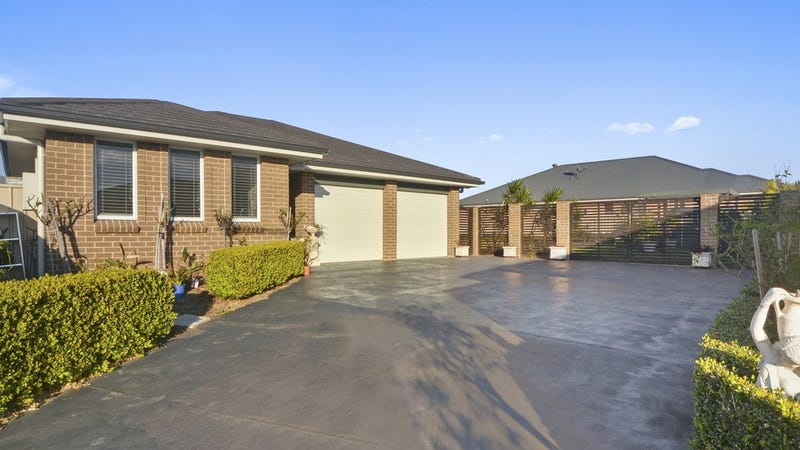 10 Palm Lilly Close, Worrigee, NSW 2540