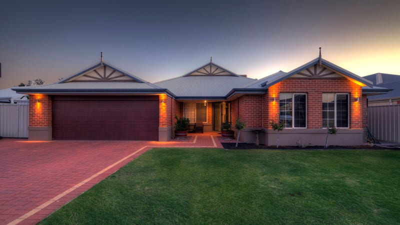26 Kwilena Avenue, Wattle Grove, WA 6107