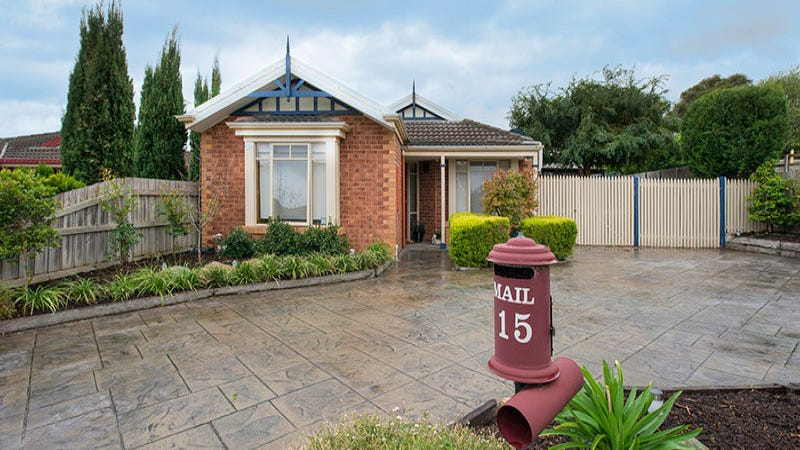 15 Charles Farrer Court, Mornington, Vic 3931