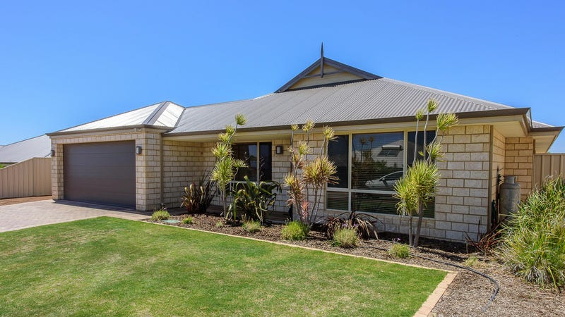 17 Coveside Way, Drummond Cove, WA 6532