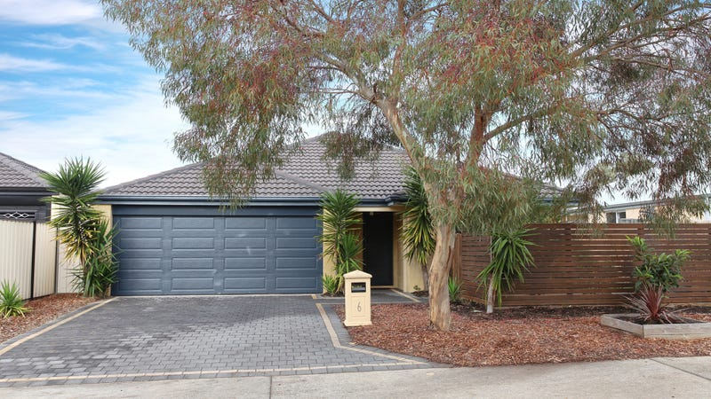 6 Kwella Entrance, Greenfields, WA 6210