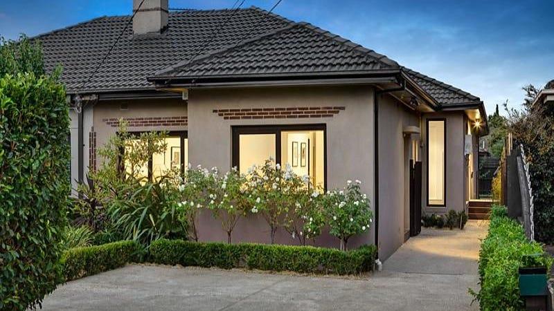 63 Kangaroo Road, Murrumbeena, Vic 3163