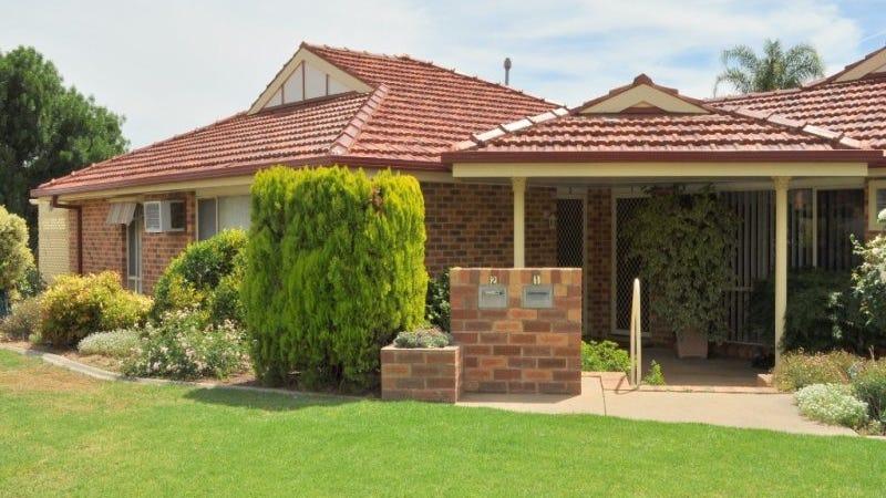 2/2 Overdale Drive, Bourkelands, NSW 2650
