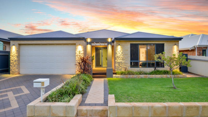 5 Nganka Way, Hannans, WA 6430