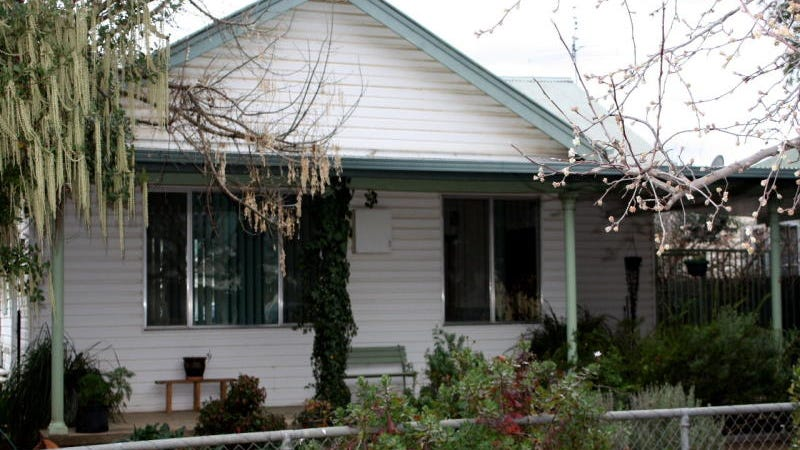 3 Renehan Street, Cootamundra, NSW 2590