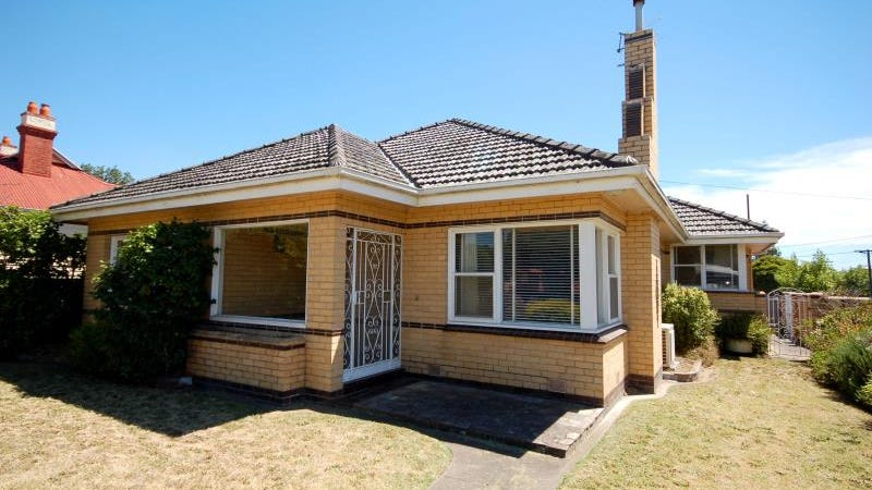 47 Kangaroo Road, Murrumbeena, Vic 3163