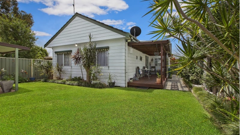 27 Boronia Avenue, Woy Woy, NSW 2256