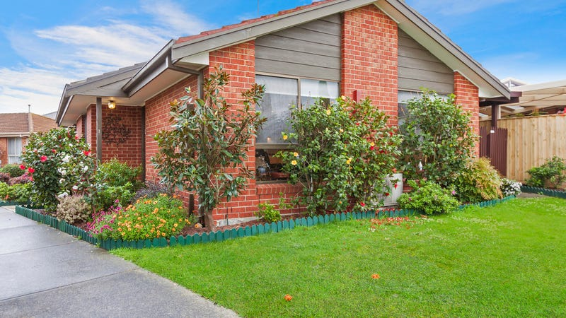 1/6 Windeatt Close, Mill Park, Vic 3082