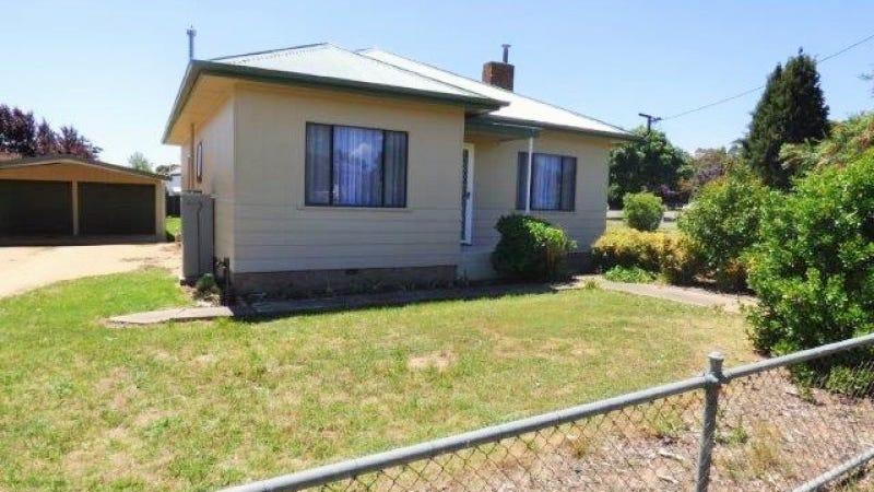 29 Queen Street, Boorowa, NSW 2586