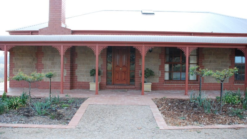 64 Molonglo River Drive, Carwoola, NSW 2620