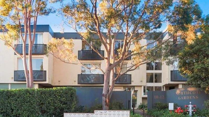 24/12 Northcote Road, Hornsby, NSW 2077