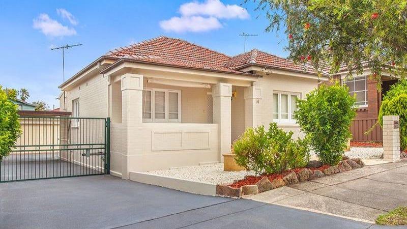 10 Willunga Avenue, Earlwood, NSW 2206
