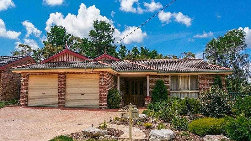 10 Miller Street, Wentworth Falls, NSW 2782