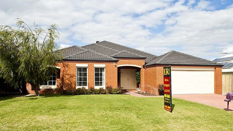 12 Turnberry Way, The Vines, WA 6069