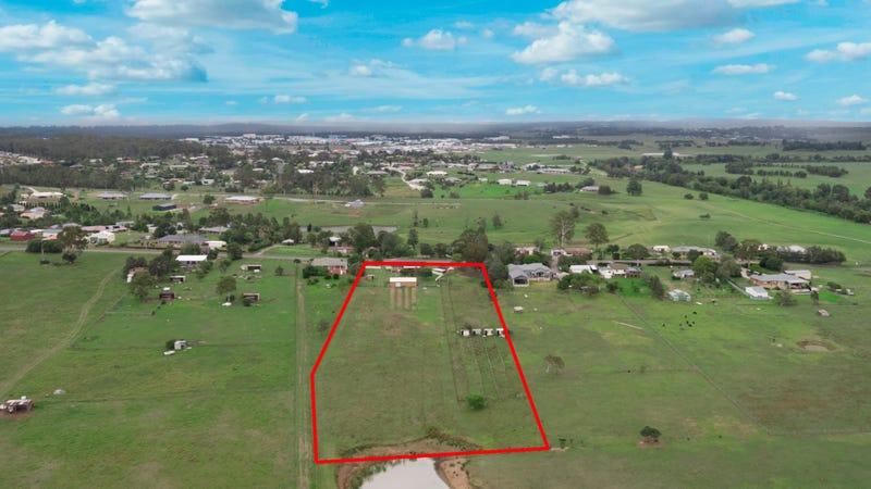 344 Aberglasslyn Road, Aberglasslyn, NSW 2320