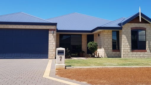 7 Crusader Heights, Wandina, WA 6530