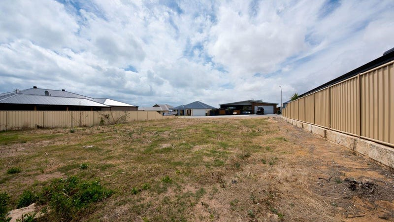 20 Coveside Way, Drummond Cove, WA 6532