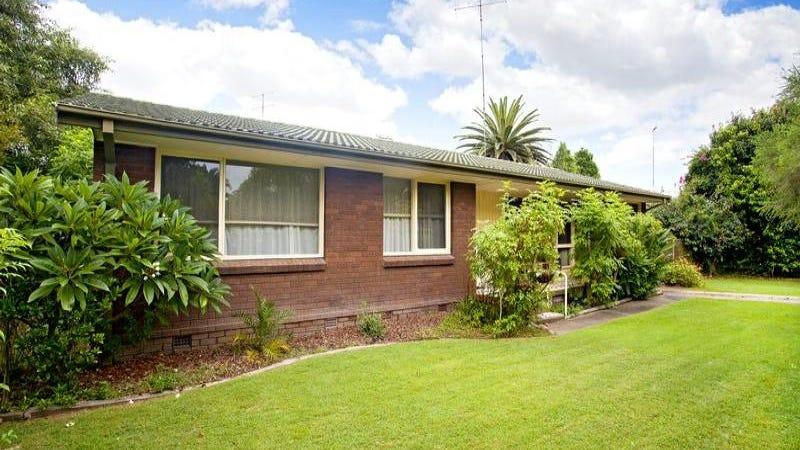 18 Hunter Street, Emu Plains, NSW 2750
