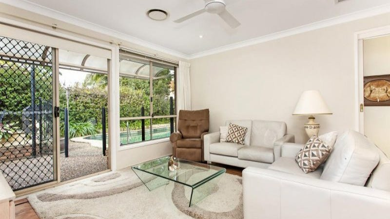 8 Broadsword Place, Castle Hill, NSW 2154