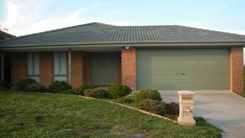16 Mitchell Court, Berwick, Vic 3806