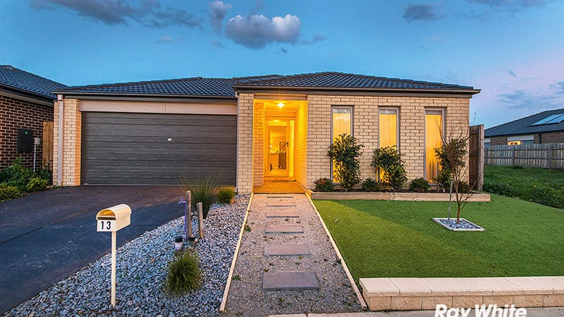 13 Firebird Street, Cranbourne East, Vic 3977
