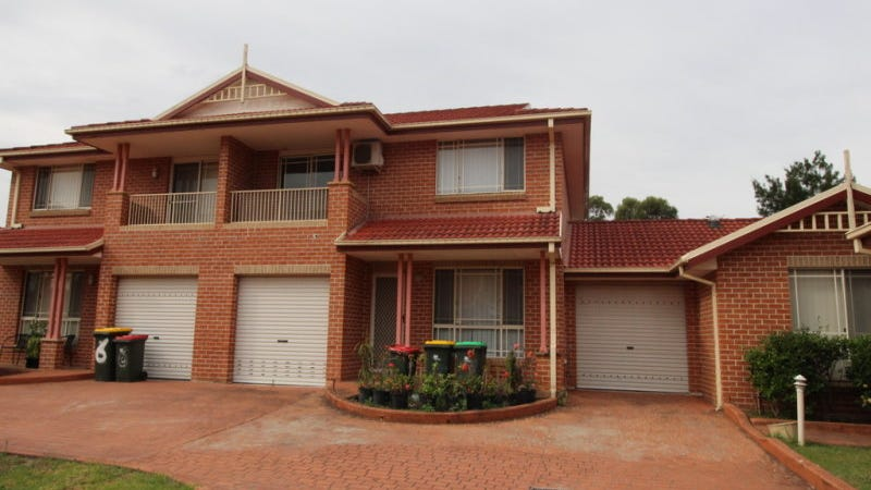 10-12 Peacock Close, Green Valley, NSW 2168