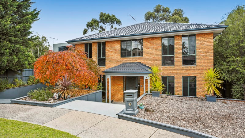 6 Sulky Court, Endeavour Hills, Vic 3802