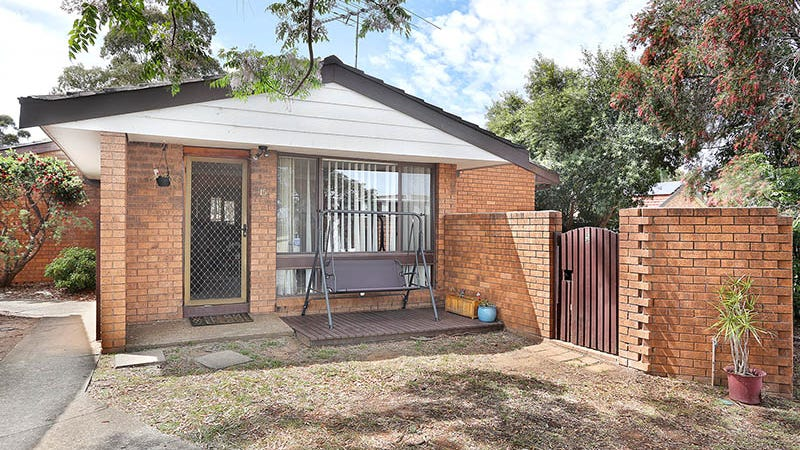 15/10 Barbers Road, Chester Hill, NSW 2162